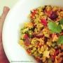 Bowl de arroz salted con verduras y curry.